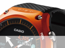 Lo smartwatch Android Wear di Casio arriva in Italia a 499€